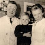 Foto in de slagerij van mijn vader zaliger met mijn moeder